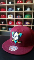 Fotoja e Kapelë Snapback,  mighty ducks, dark red